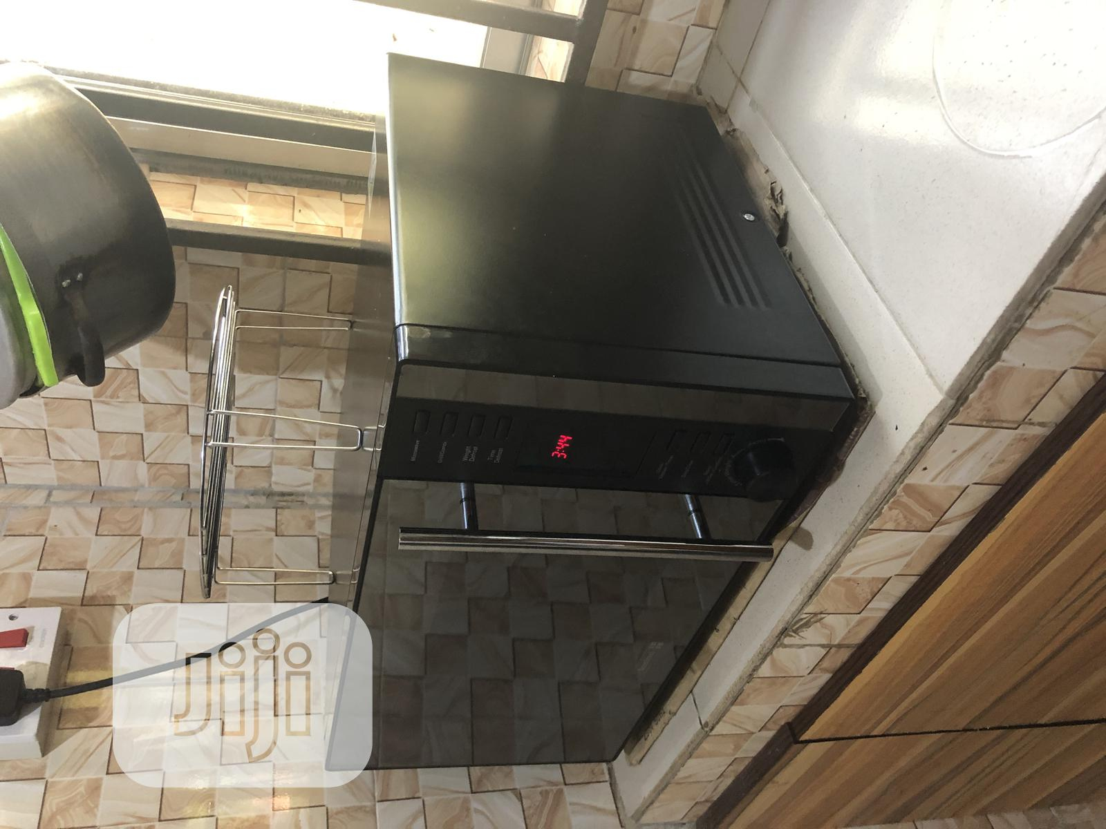 Scanfrost Microwave, Grill and Oven for Sale | Kitchen Appliances for sale in Ikeja, Lagos State, Nigeria