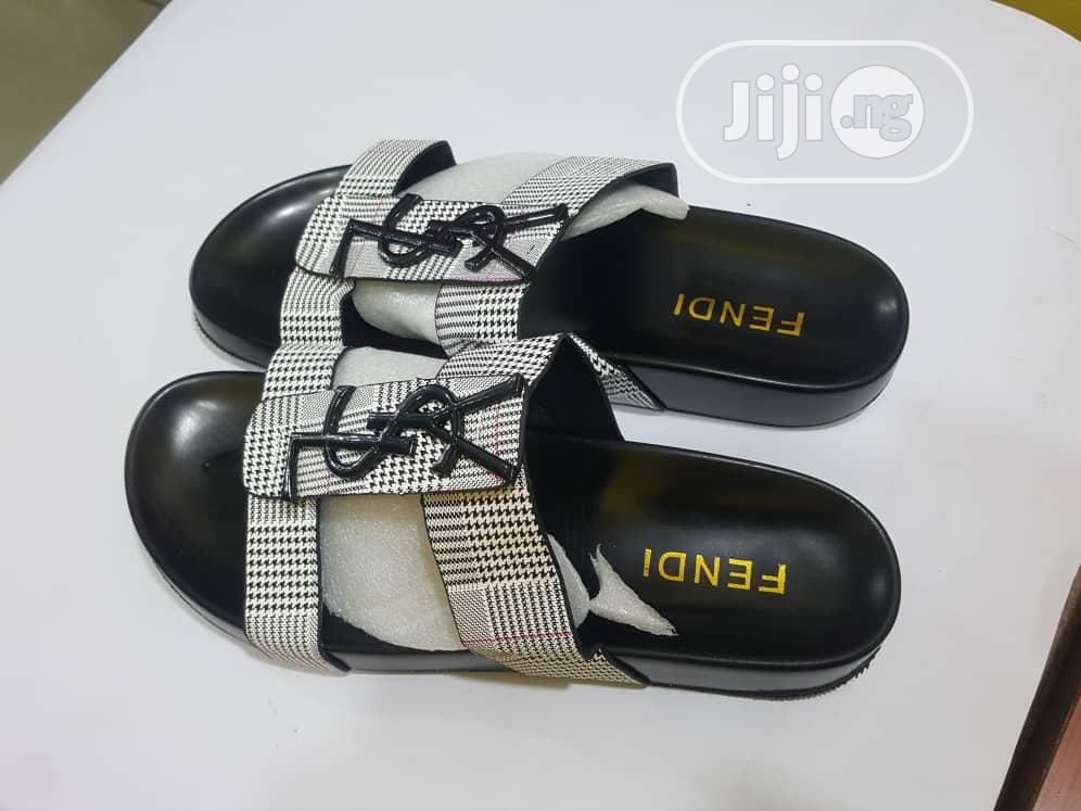 Archive: Quality Fendi Women Slippers