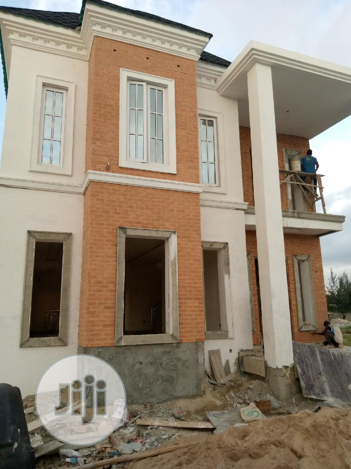 Archive: 5bedroom Fully Detached Duplex For Sale