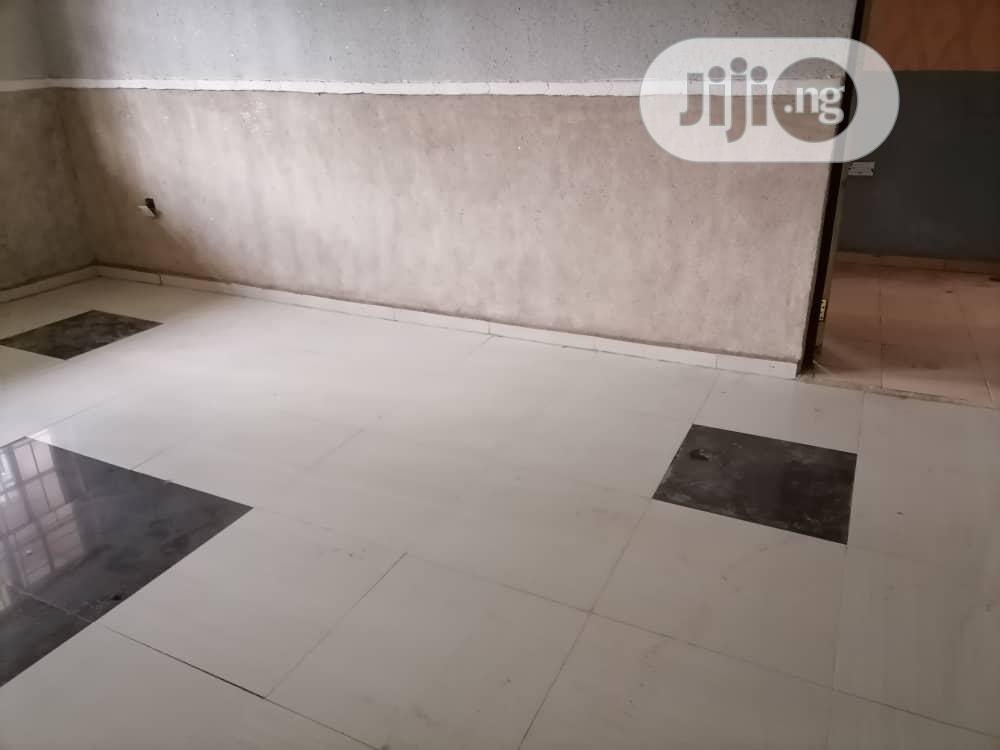 3bedroom Flat Apartment to Let | Houses & Apartments For Rent for sale in Ibadan, Oyo State, Nigeria