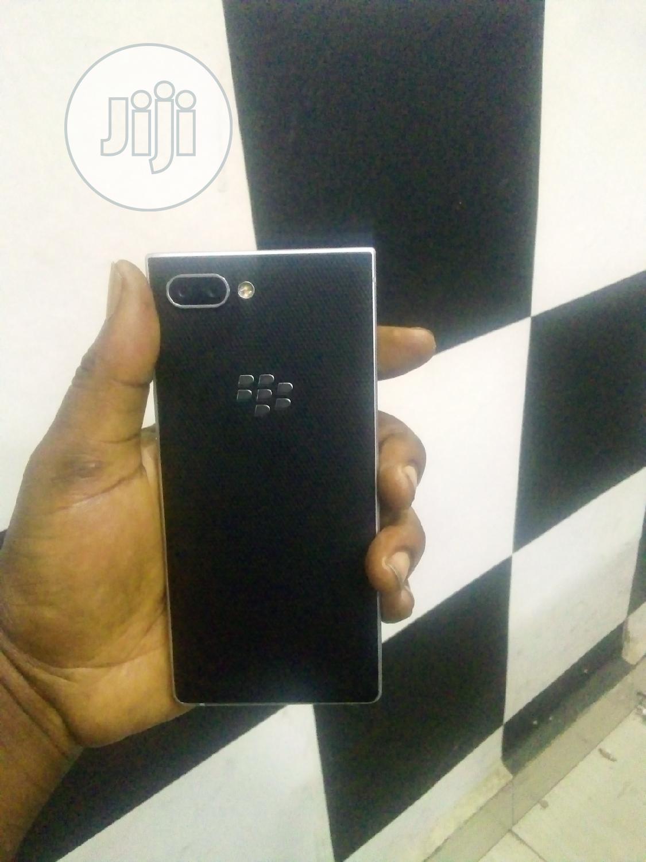BlackBerry KEY2 64 GB Silver | Mobile Phones for sale in Ikeja, Lagos State, Nigeria