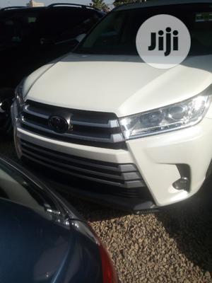 Toyota Highlander 2018 White   Cars for sale in Abuja (FCT) State, Garki 2
