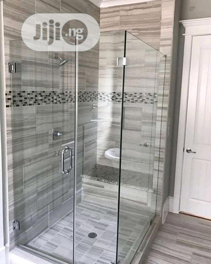 Shower Glass Cubicle Glow