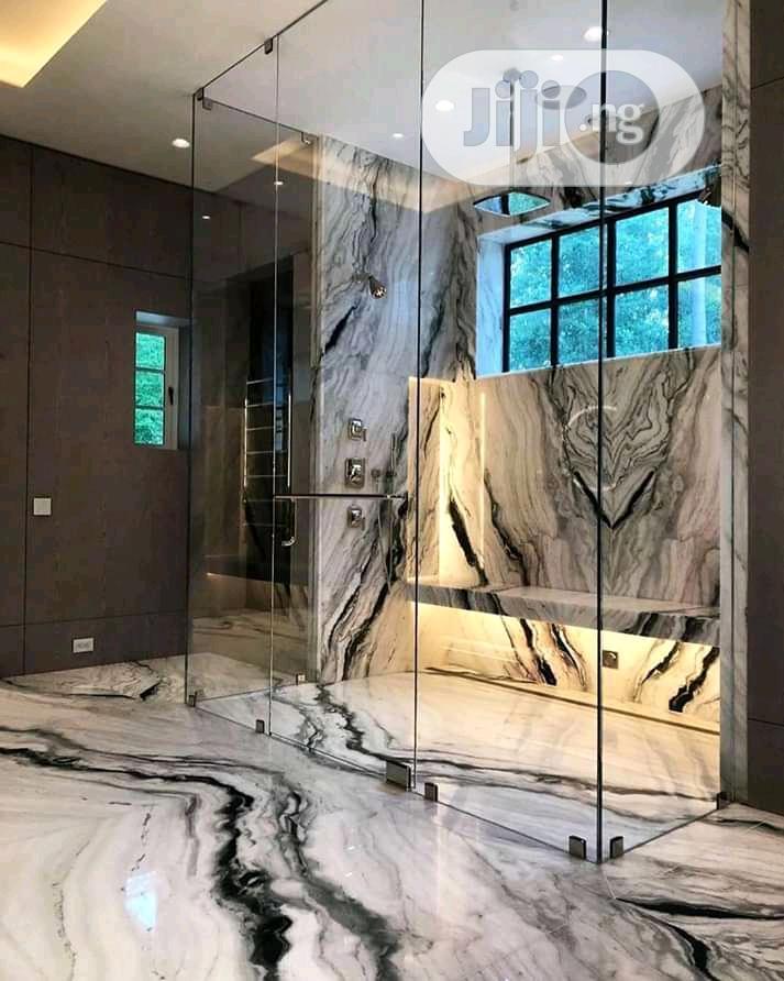 Shower Glass Cubicle Unique.