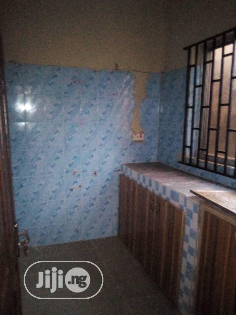 Lovely Used 2 Bedroom Flat At Radio For Rent   Houses & Apartments For Rent for sale in Ikorodu, Lagos State, Nigeria