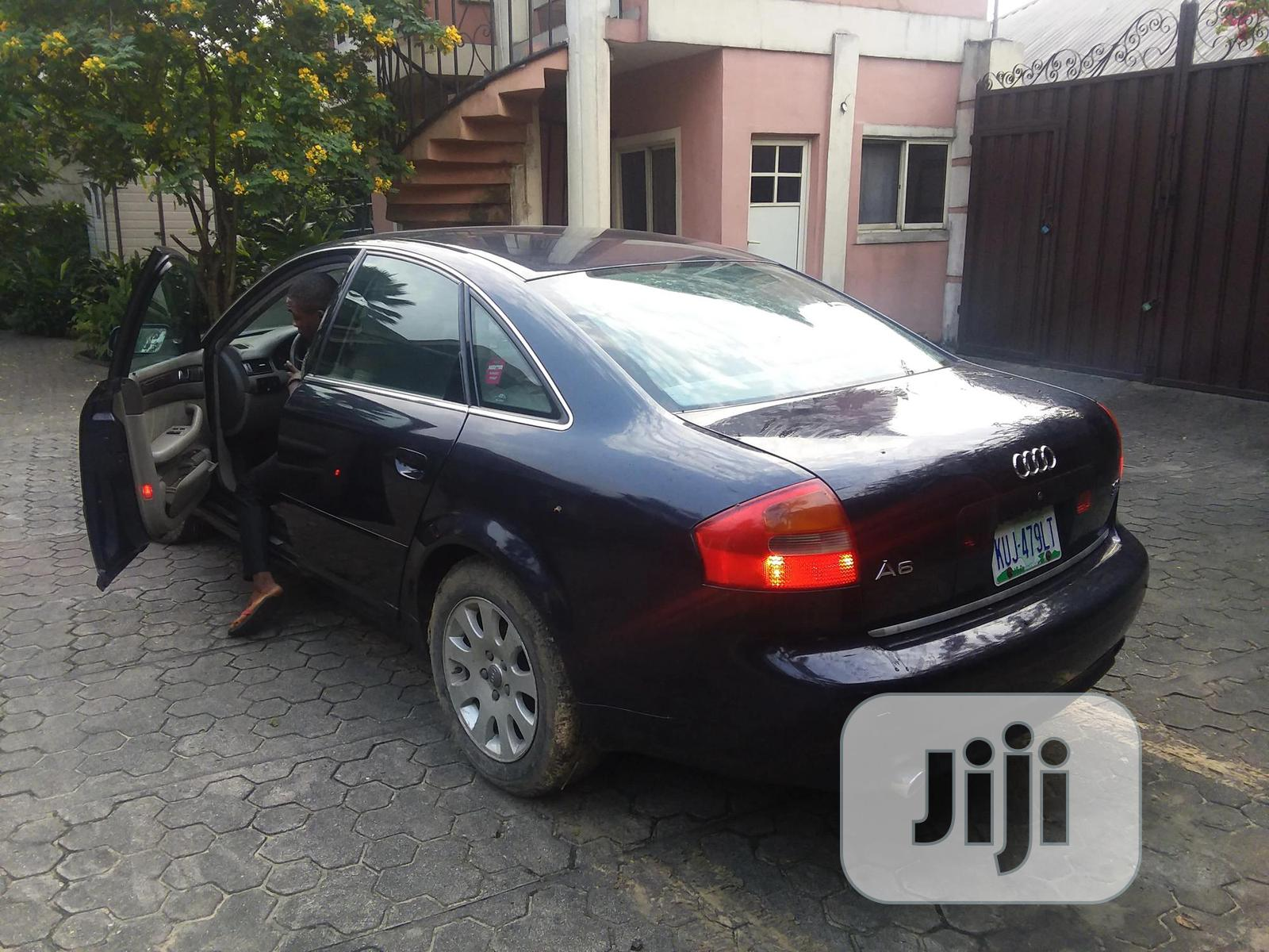 Archive: Audi A6 2001 3.0 CVT Blue