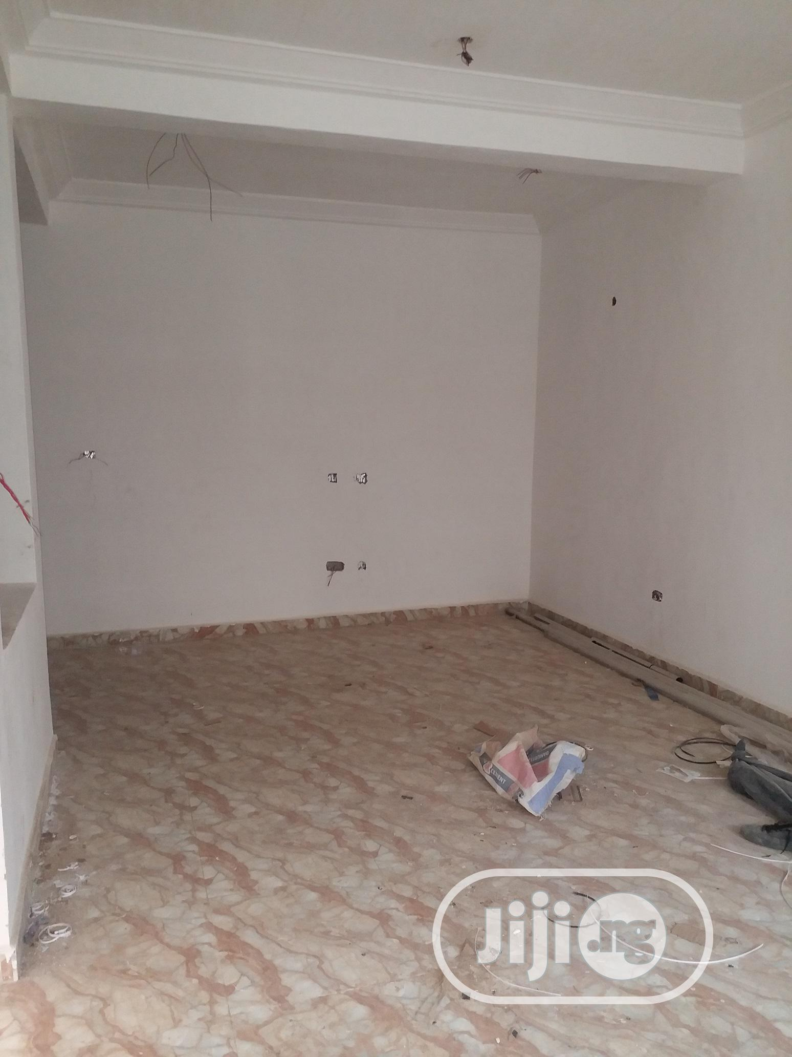 Archive: 4 Bedroom Terrace Duplex