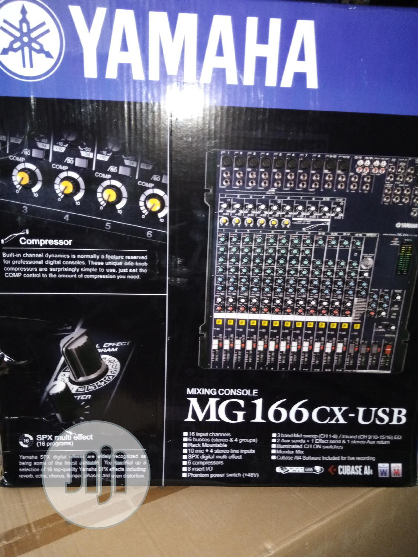 Original 12 Channel Powered Mixer Mg166cx Ussd