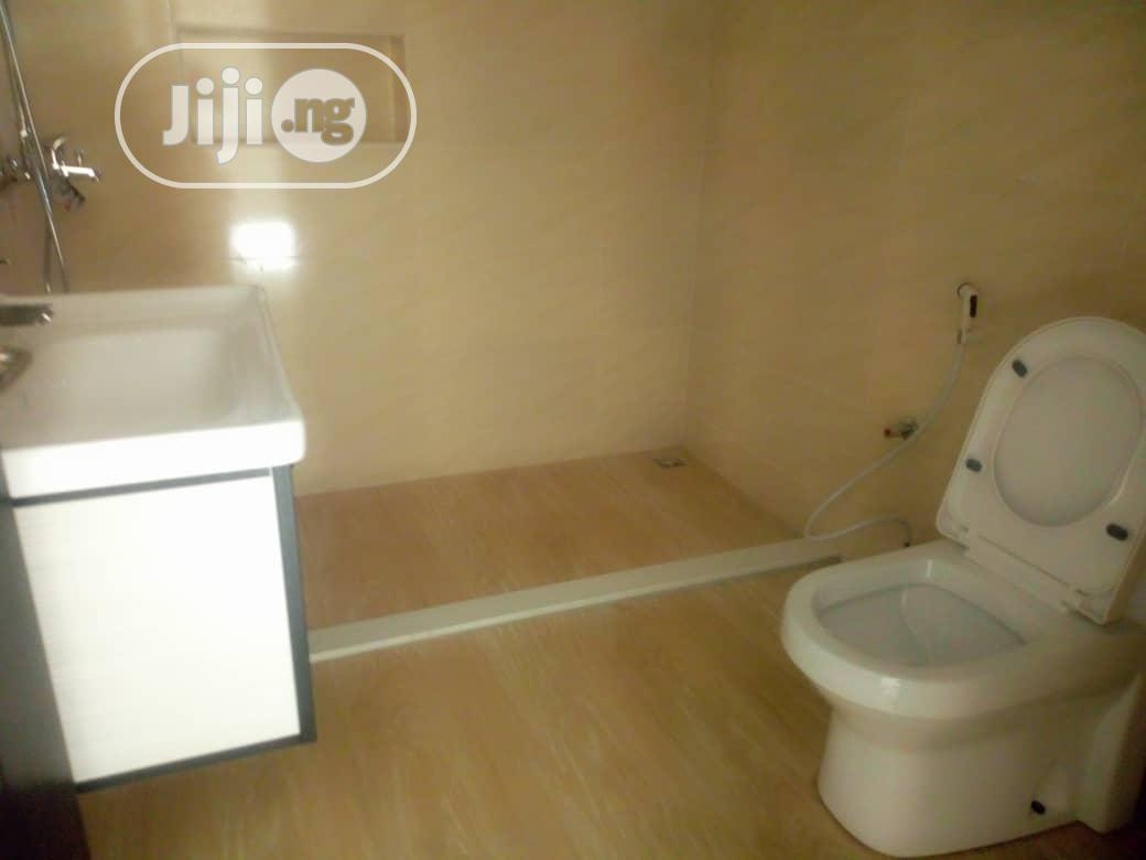 Archive: Luxury Finished And Serviced 4 Bedrm Terrace Duplex Wuse2
