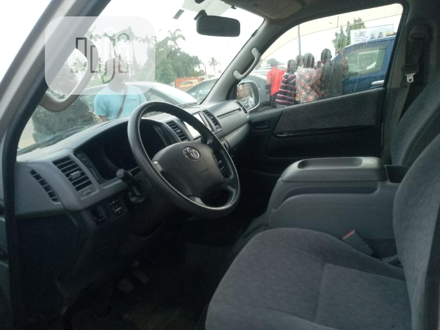 Toyota Hiace 2010 Silver | Buses & Microbuses for sale in Agege, Lagos State, Nigeria