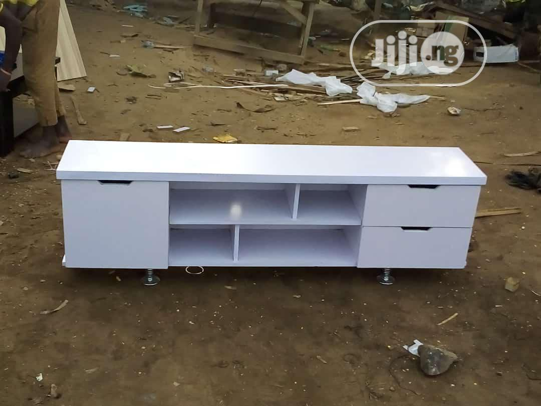 Archive: Shelve Tv Stand