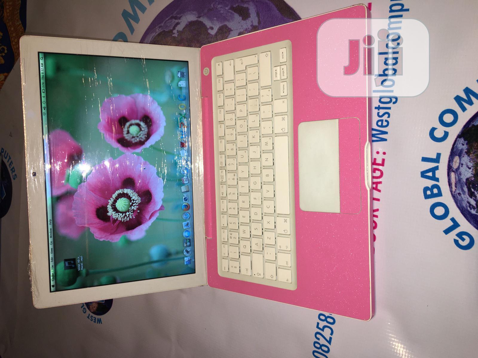 Laptop Apple MacBook 4GB Intel HDD 250GB | Laptops & Computers for sale in Lekki, Lagos State, Nigeria
