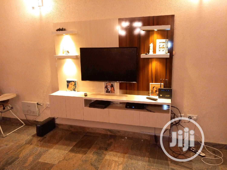 Floating Tv Stand | Furniture for sale in Lagos Island (Eko), Lagos State, Nigeria