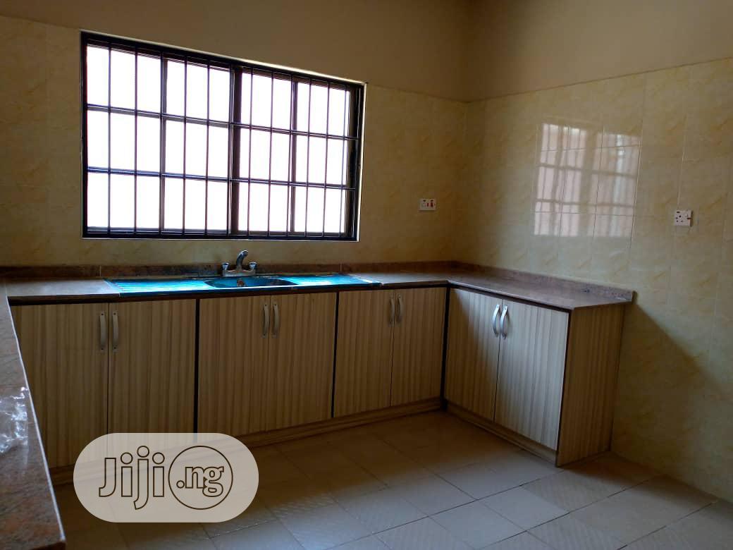 Archive: 4 Bedroom Detached Duplex At