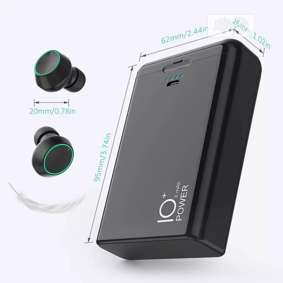 Powerbank V5.0 Bluetooth Wireless Earphone