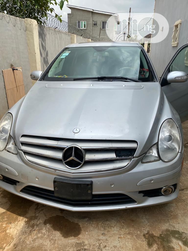 Archive: Mercedes-Benz E350 2007 Silver