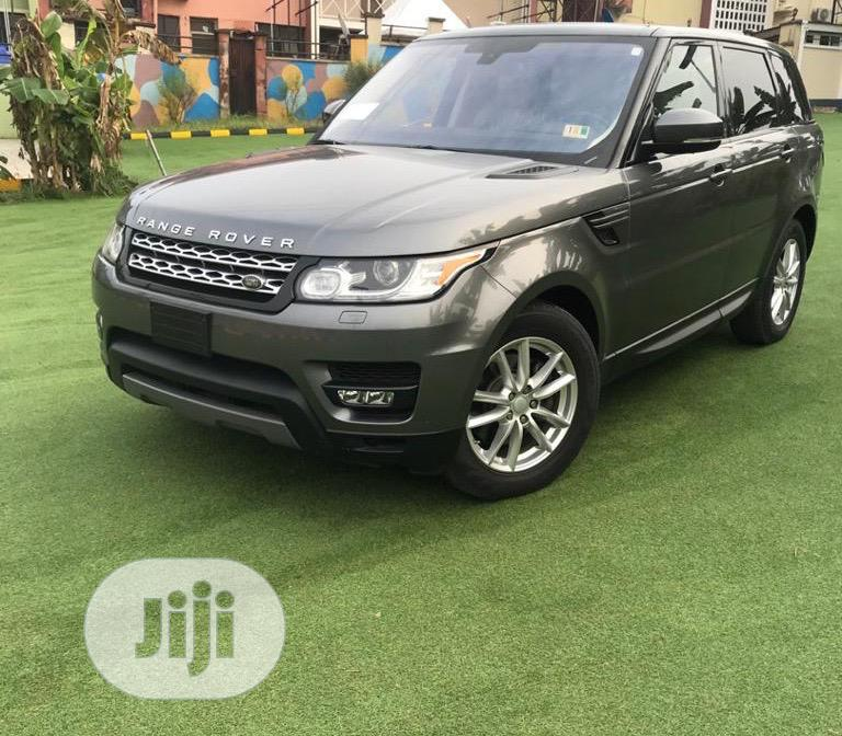 Land Rover Range Rover Sport 2016 SE Td6 4x4 (3.0L 6cyl 8A) Gray