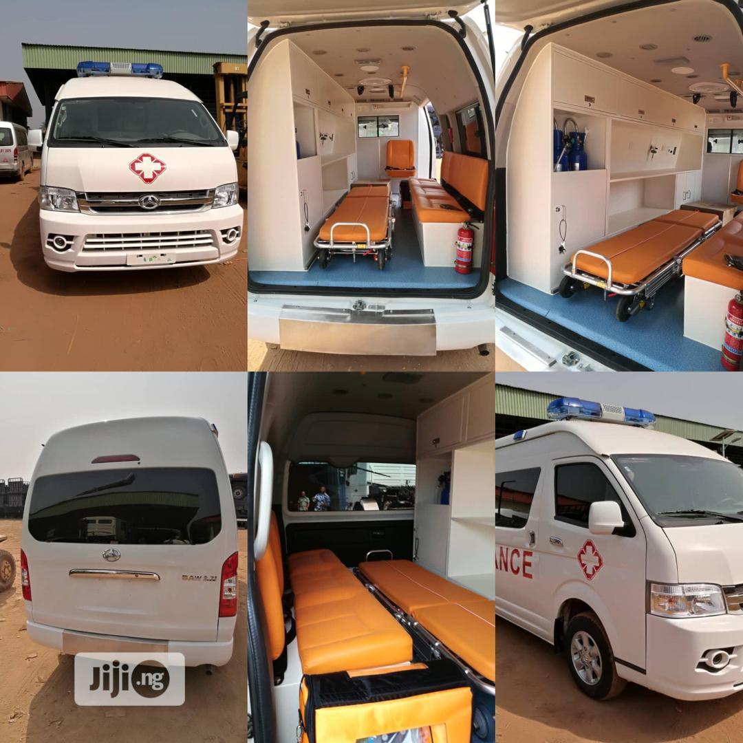 Toyota Hiace Ambulance 2020 White