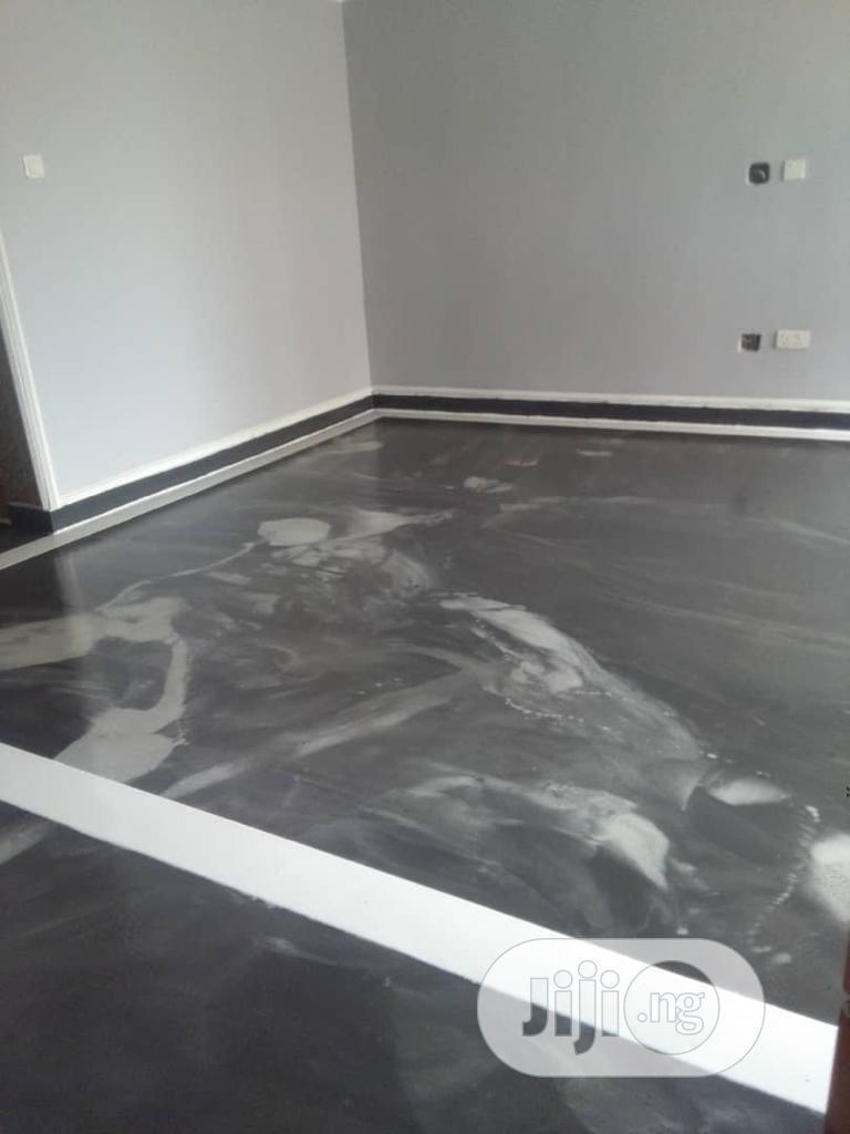 Epoxy Floor Finishing
