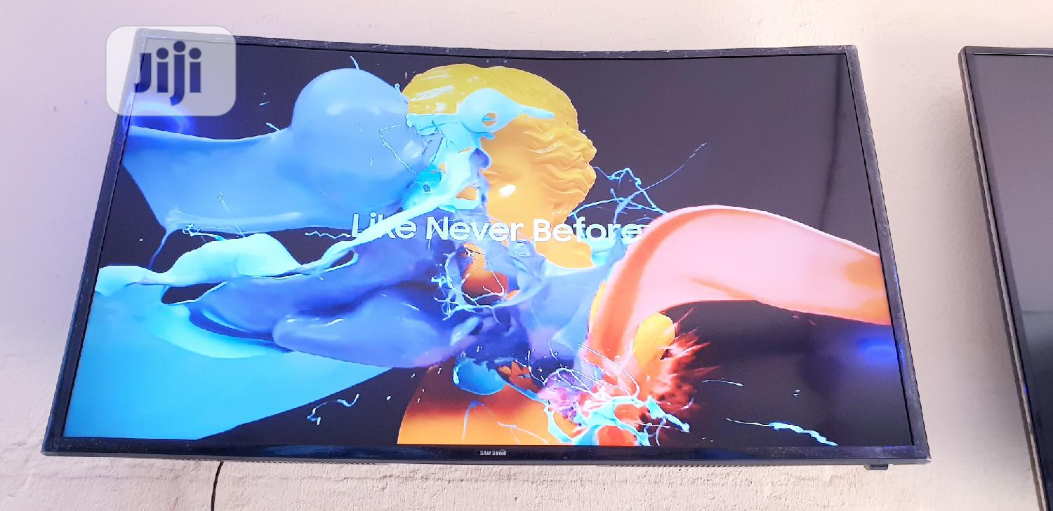 40 Inches Samsung Smart UHD 4k Curved Led Tv