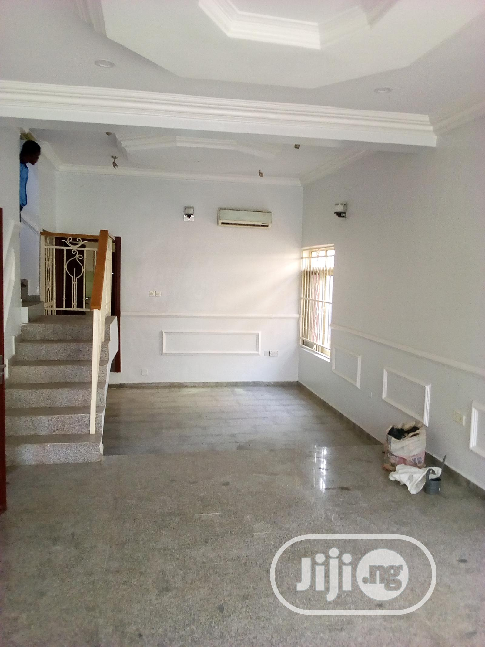 Archive: A Lovely 4 Bedroom Terrace Duplex With a BQ