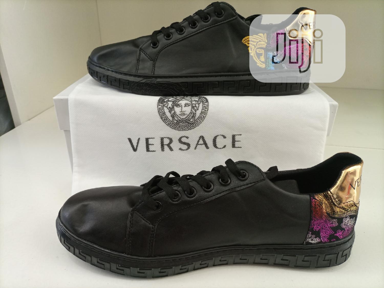 Versace Sneaker Original Shoe | Shoes for sale in Gwarinpa, Abuja (FCT) State, Nigeria