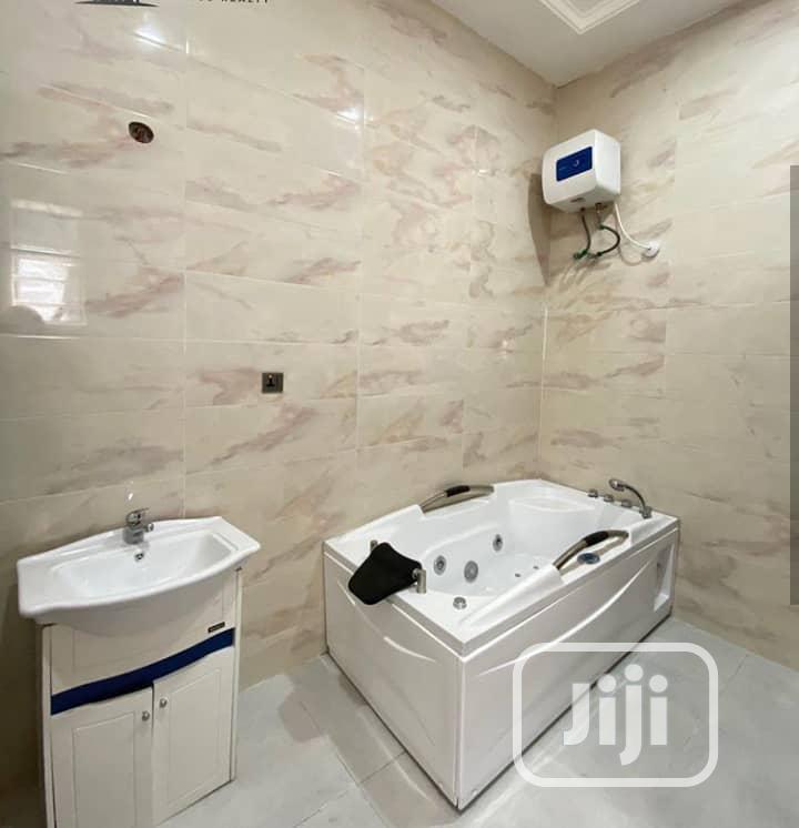 Archive: 5bedrooms Detached Duplex Location Ikate Lekki Phase1