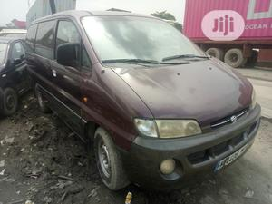 Hyundai H1 Bus With Seats Tokunbo 2000 | Buses & Microbuses for sale in Lagos State, Apapa