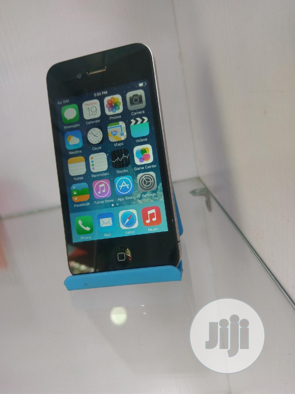Apple iPhone 4 8 GB Black