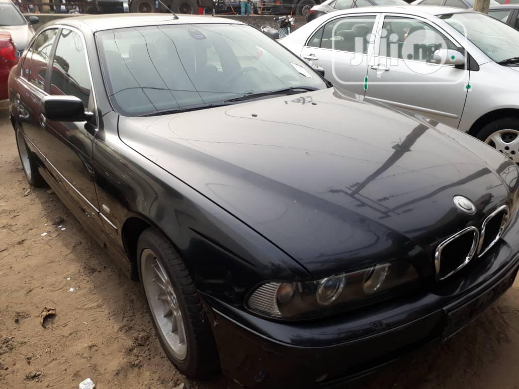 BMW 525i 2002 Gray