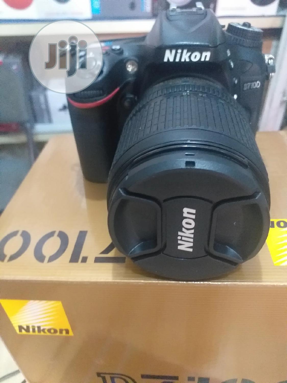 Nikon Camera D7100