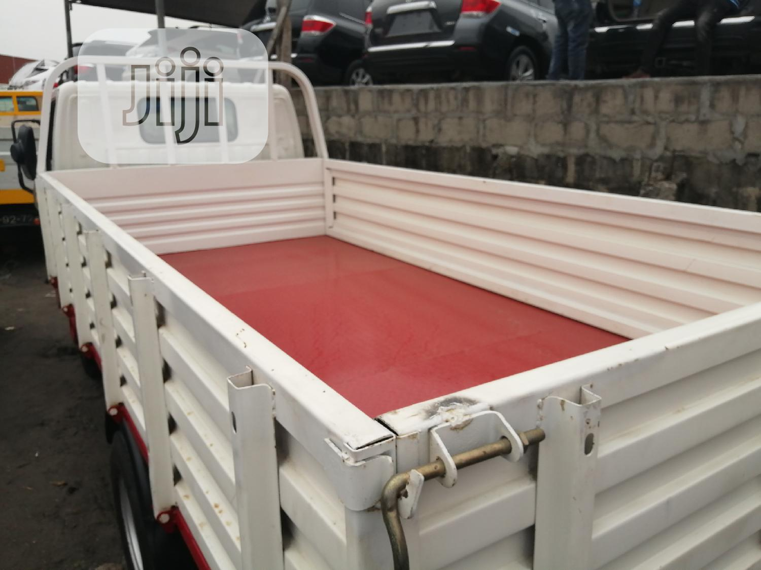 Toyota Dyna Six Tyres   Trucks & Trailers for sale in Apapa, Lagos State, Nigeria