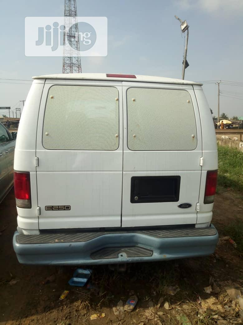 Ford E250 2004 White | Buses & Microbuses for sale in Ojo, Lagos State, Nigeria