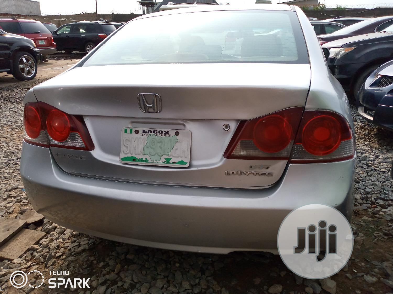 Honda Civic 2008 Silver | Cars for sale in Ifako-Ijaiye, Lagos State, Nigeria