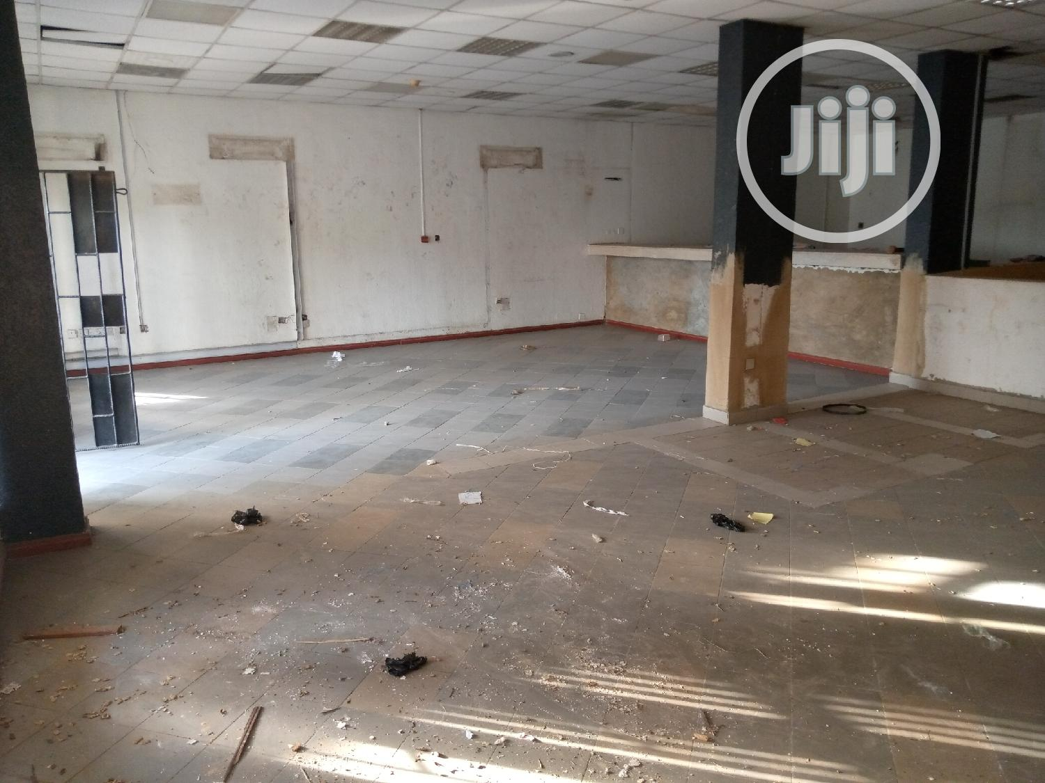 Archive: Office / Shop Space for Rent 196sqm at Wuse Market Area