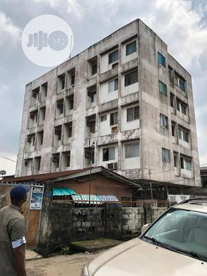 Hospital Building For Sale At Fadayi, Lagos | Commercial Property For Sale for sale in Lagos State, Shomolu