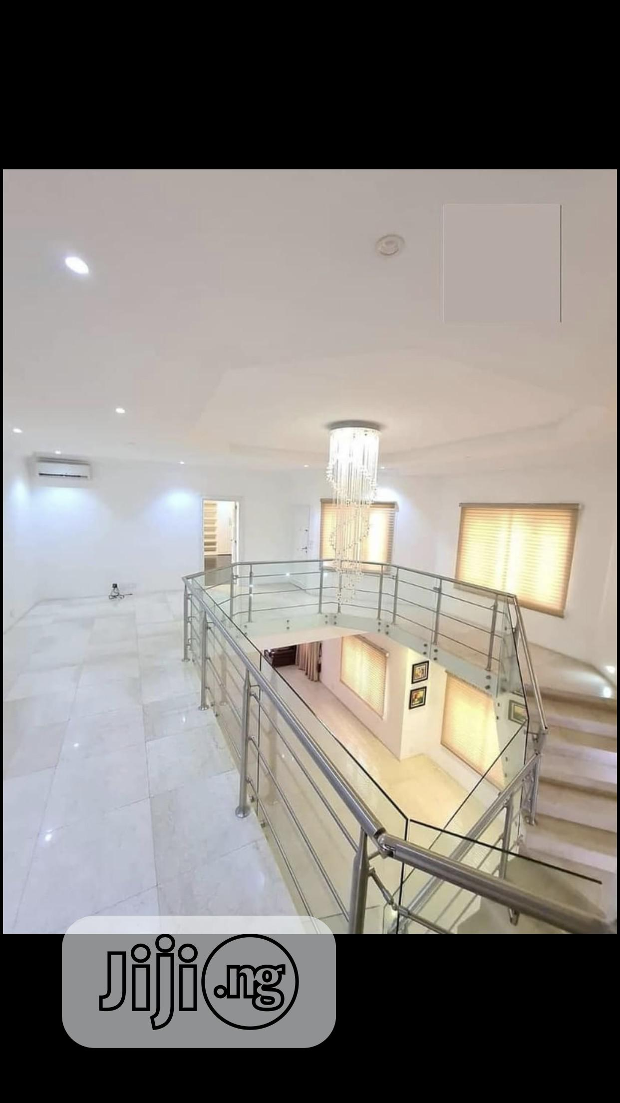Archive: Luxurious 5 Bedroom Fully Detached Duplex on 552sqms Land