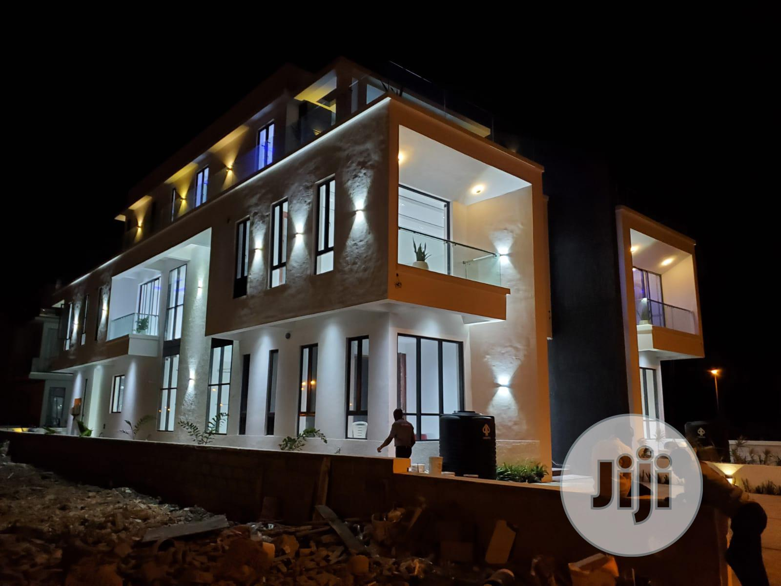 A Luxury 5 Bedroom Twin Duplex At Cowrie Creek Estate, Lekki