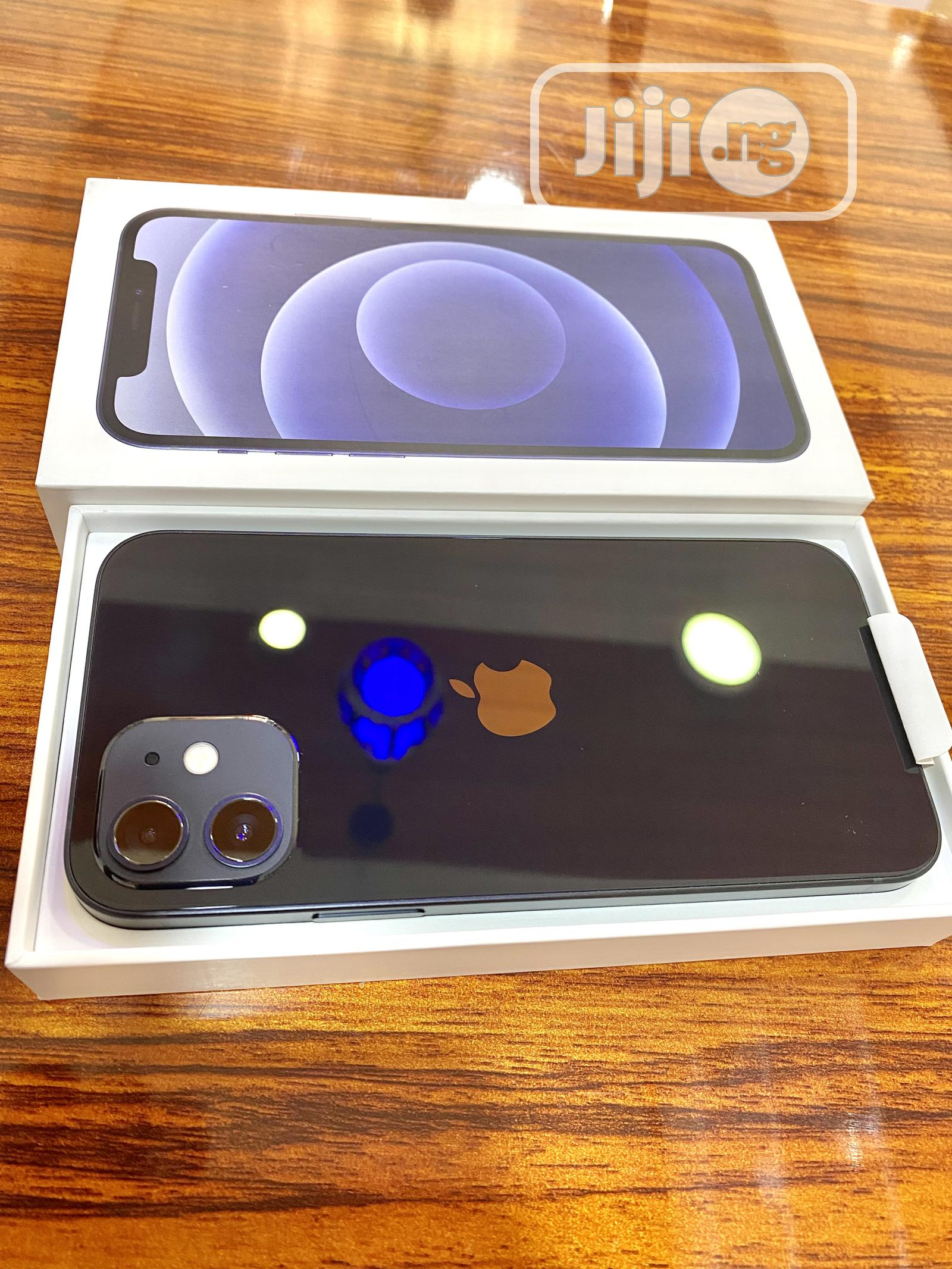 Archive: New Apple iPhone 12 64 GB Black