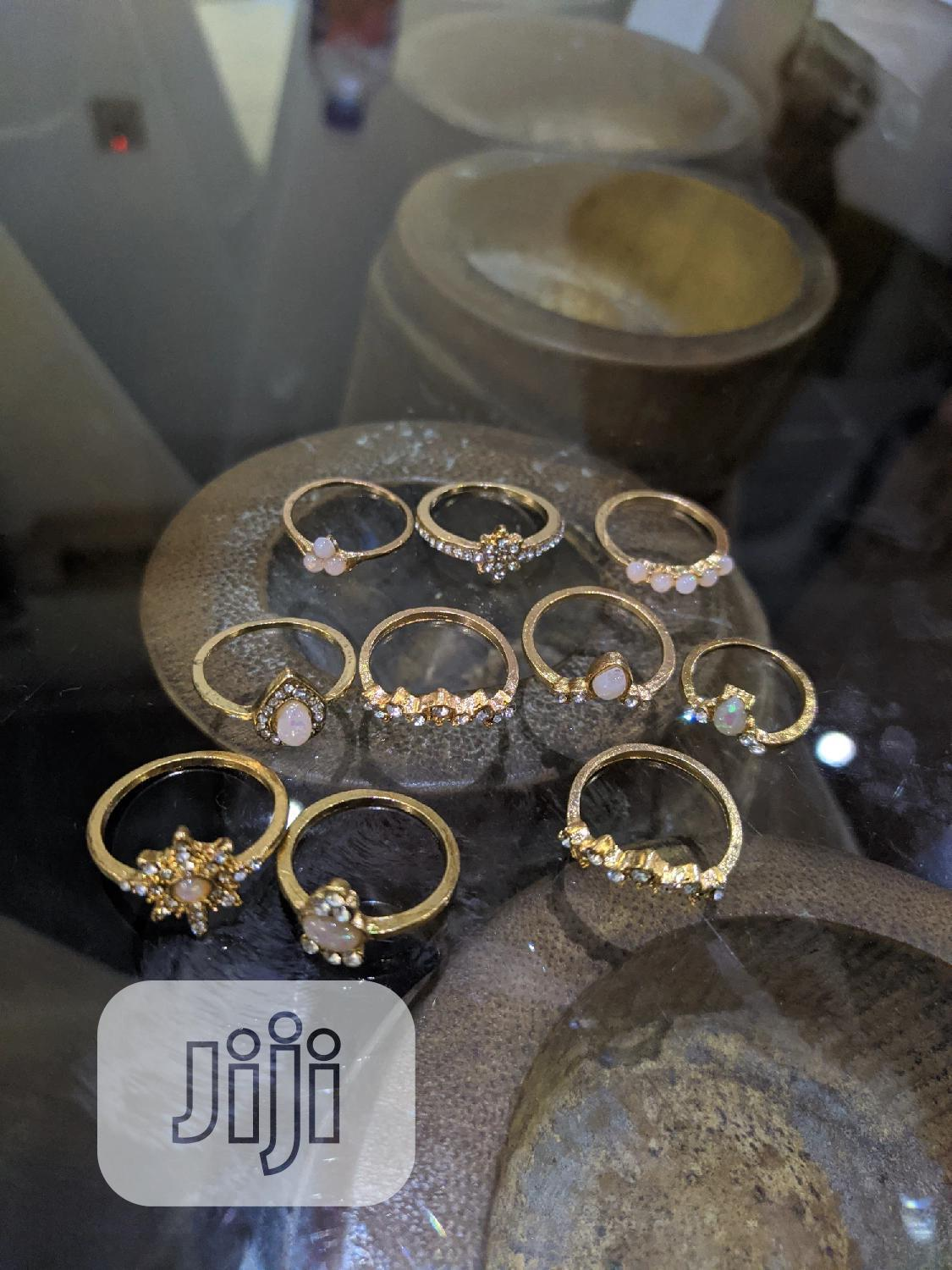 Archive: Knuckle Ring Set