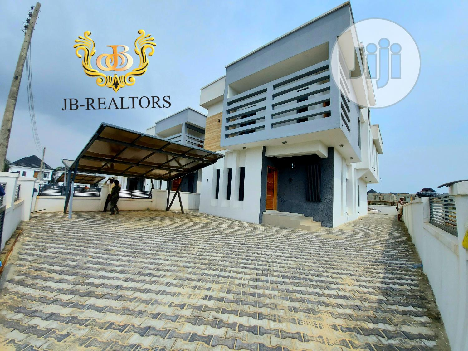 Lovely 5bedrooms Fully Detached Duplex With Penthouse, BQ