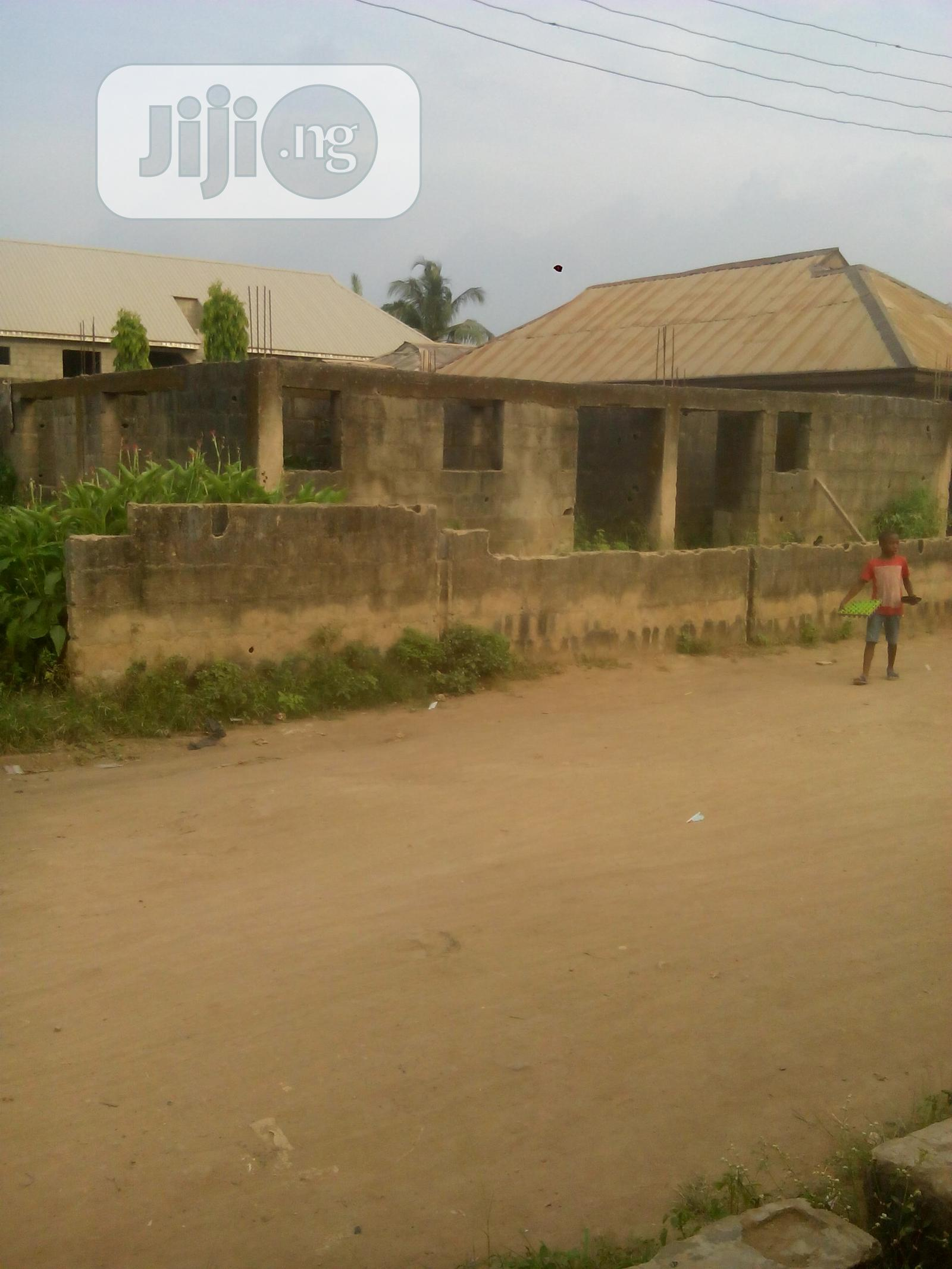 Bungalow of Four Mini Flats for Sale Akute Off Ojodu/Berge | Houses & Apartments For Sale for sale in Ifo, Ogun State, Nigeria