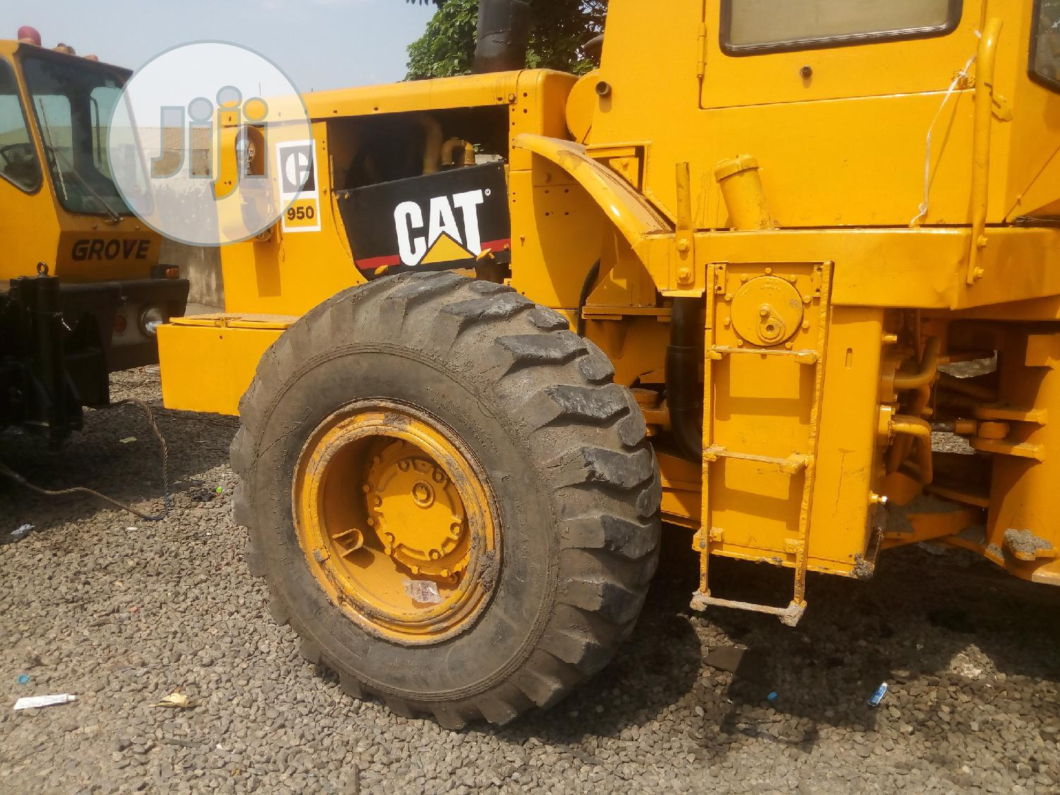 Archive: Cat Payloader 950