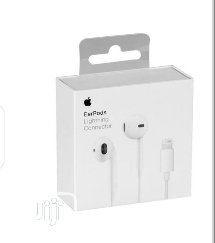 Archive: iPhone Earpod. Earpiece With Lightning Connector