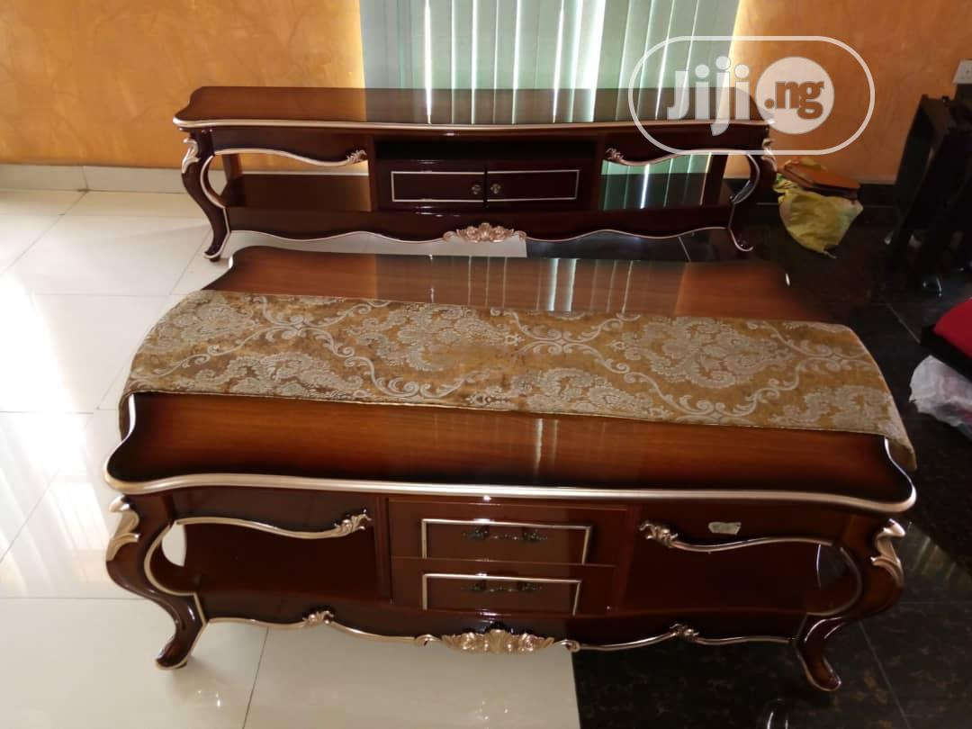 Archive: Royal Center Table Stand