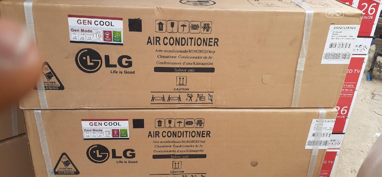 LG Air Conditioner 1.5hp Inverter