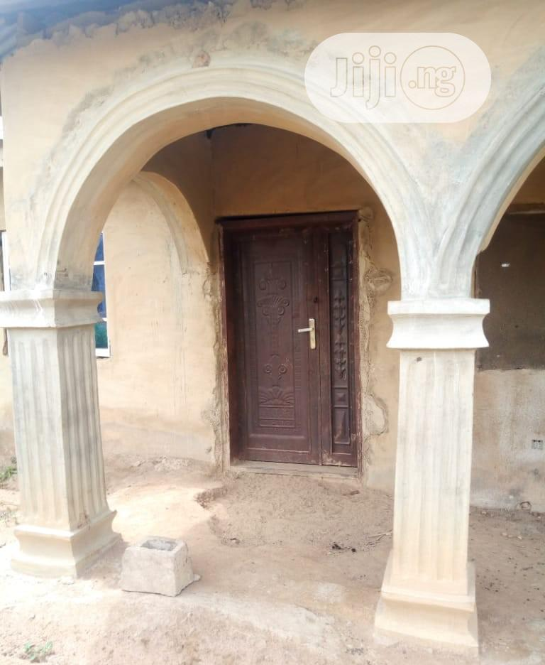 2 Bedroom Flat At Moniya On A Half Plot | Houses & Apartments For Sale for sale in Ibadan, Oyo State, Nigeria