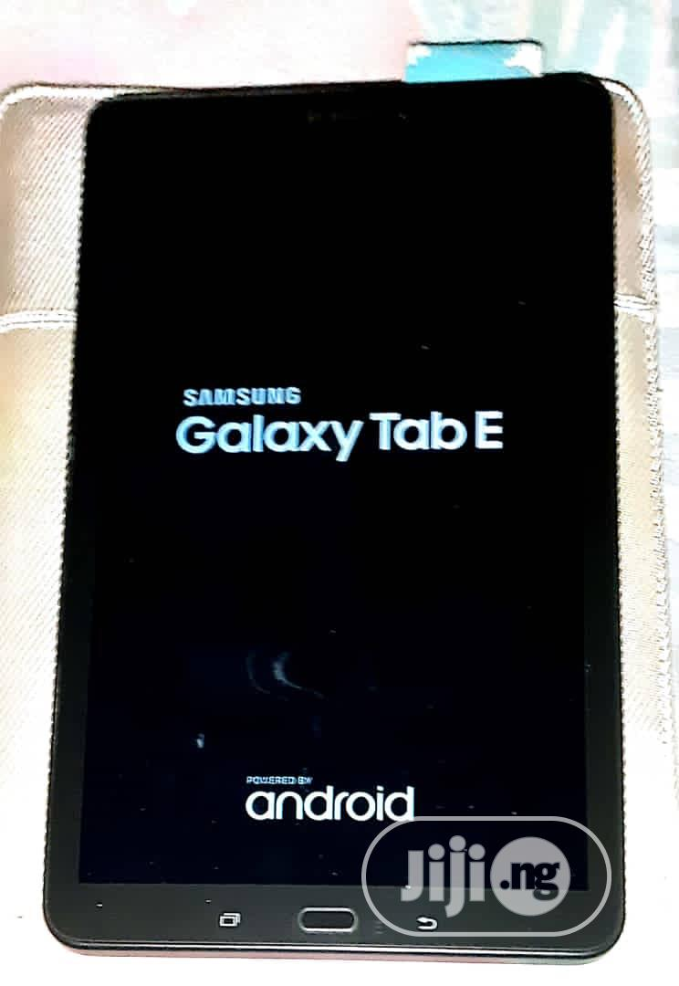 Archive: New Samsung Galaxy Tab E 9.6 16 GB Black