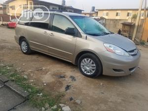 Toyota Sienna 2006 Gold   Cars for sale in Lagos State, Isolo