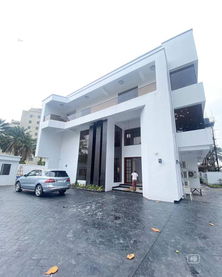 Highly Executive 7bedroom Detached Duplex At Ikoyi Lagos